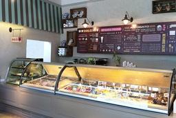 אפוגטו – עיצוב גלידריה וקפה