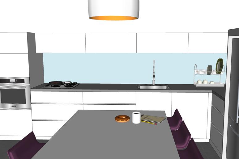 חיפוי זכוכית מעל השיש במטבח