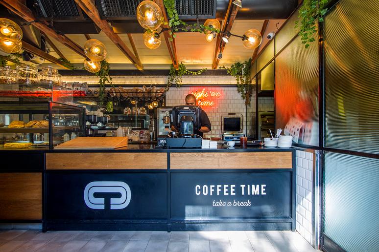 שיפוץ בית קפה במתחם שרונה עבור רשת בתי הקפה קופי טיים